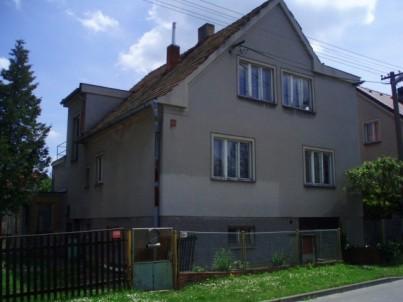 Ideální 1/2 RD v obci Zruč-Senec, okr.Plzeň - sever